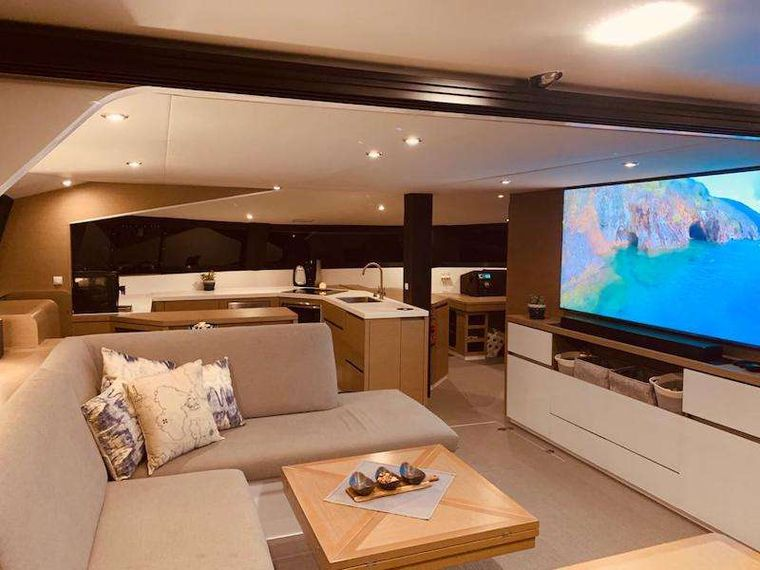 LA LINEA Yacht Charter - Contemporary design throughout with generous living areas.