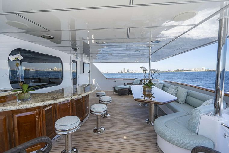 REFLECTIONS Yacht Charter - Aft deck