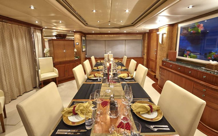 AZUL V Yacht Charter - Formal dining room
