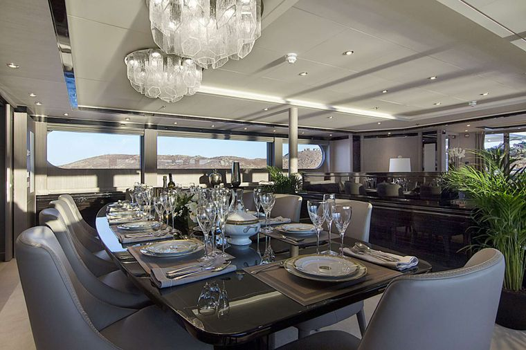 INVADER Yacht Charter - Main deck dining