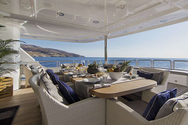 INVADER Yacht Charter - Main deck aft dining