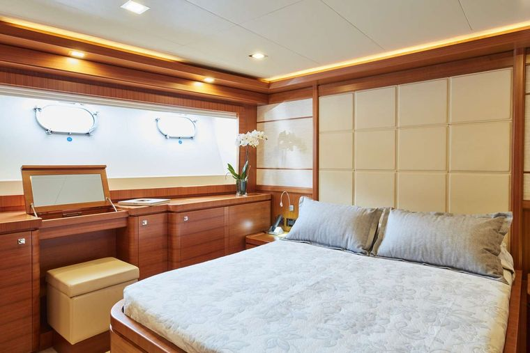 BEST OFF Yacht Charter - Double Cabin
