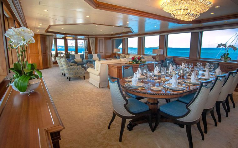 PURE BLISS Yacht Charter - Formal Dining