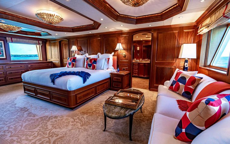 PURE BLISS Yacht Charter - Master