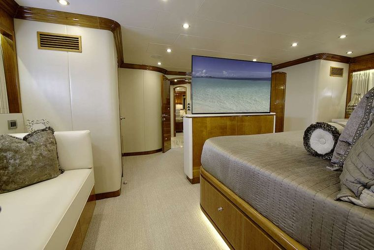 STERLING V Yacht Charter - Master Stateroom with TV up