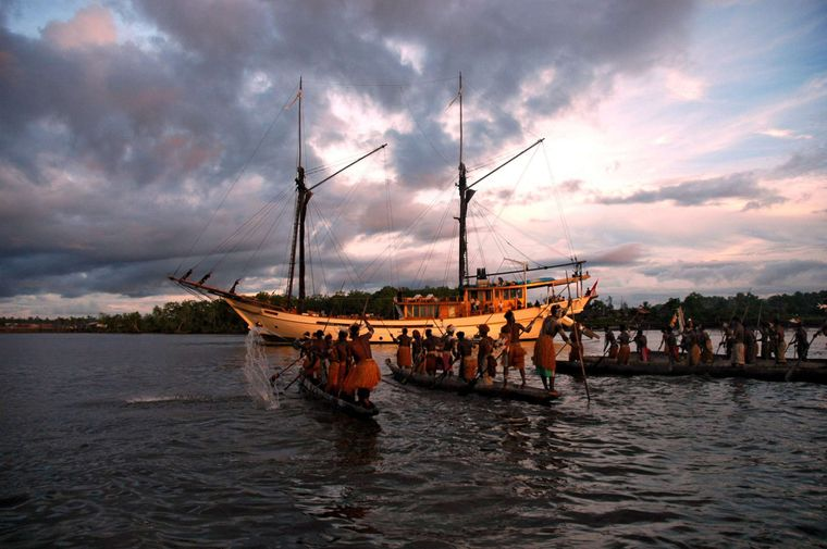 Silolona Yacht Charter - West Papua Indonesia