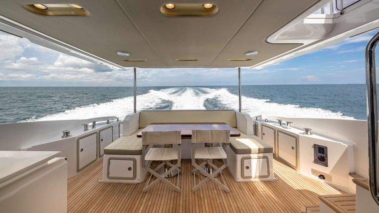 DADDY'S LADY Yacht Charter - Aft Deck