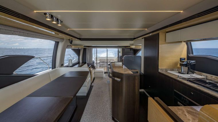 DADDY'S LADY Yacht Charter - Dining