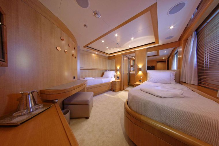 GRANDE AMORE Yacht Charter - One of the 2 almost identical Twin cabins, with pullman beds, on Lower Deck