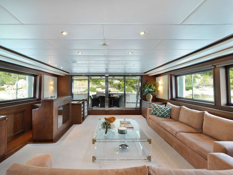 IDYLLE Yacht Charter - Saloon other view