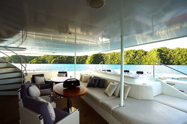 BLACK PEARL 1 Yacht Charter - Aft deck