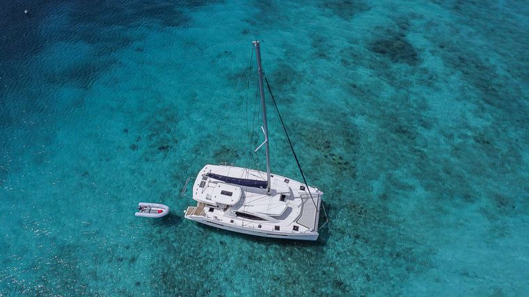VICARIOUS Yacht Charter - Ritzy Charters