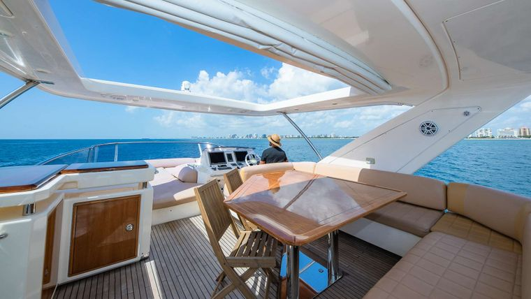 WICKED Yacht Charter - Fly bridge dining
