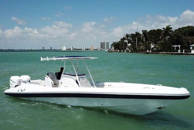 WICKED Yacht Charter - Airboat 34' tender 800 Hp