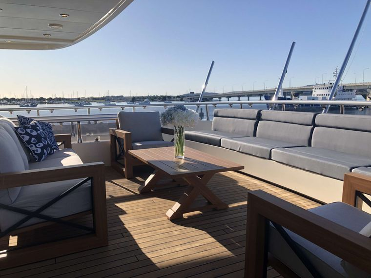 iRama Yacht Charter - Bridge deck