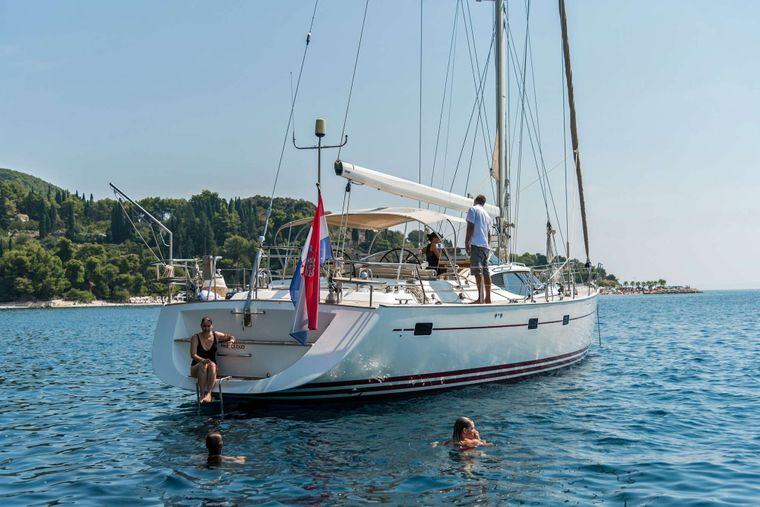 LUNULATA Yacht Charter - ..after a dip in the clear blue water