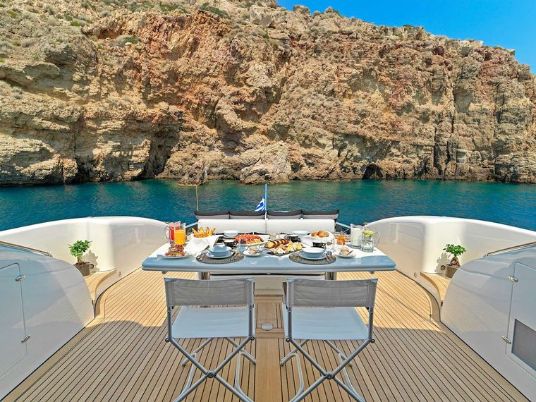 RUBY Yacht Charter - Aft deck