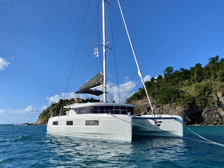 RENDEZ-VOUS Yacht Charter - Ritzy Charters