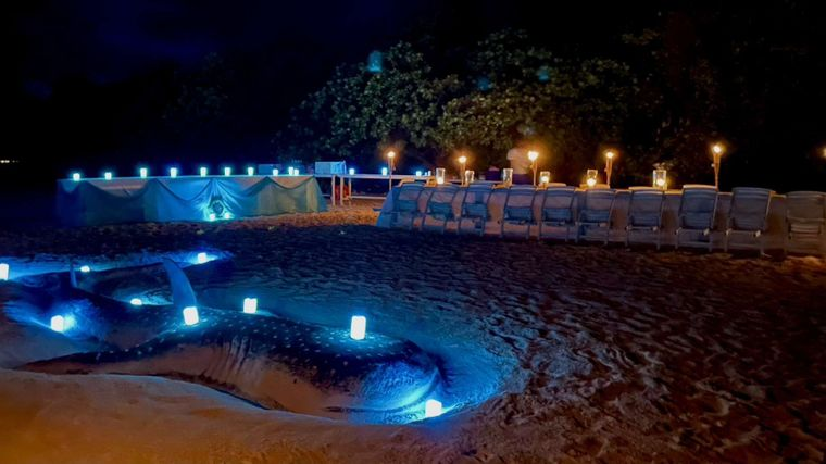SAFIRA Yacht Charter - amazing sand art created by the crew of SAFIRA for an evening beach set up and dinner