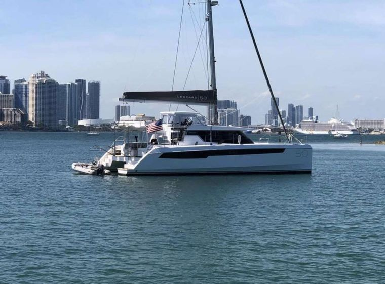 SOUTHERN CHARM Yacht Charter - Ritzy Charters
