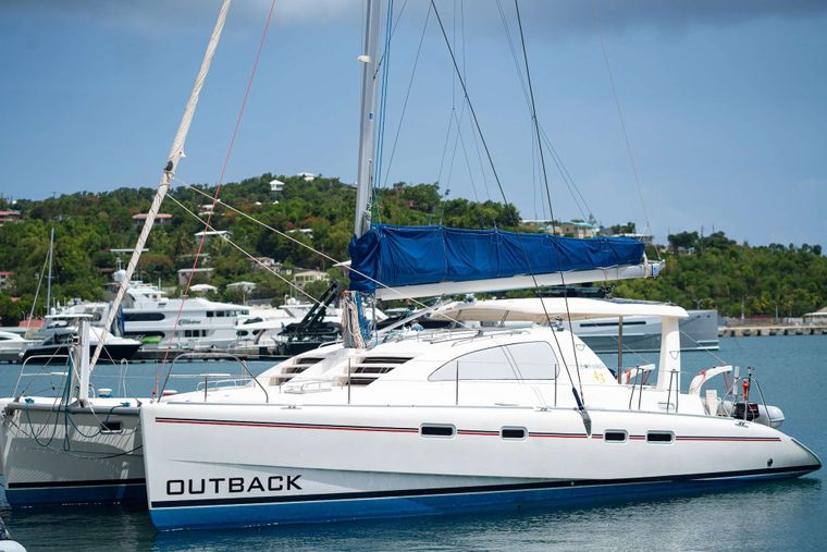 OUTBACK Yacht Charter - Ritzy Charters