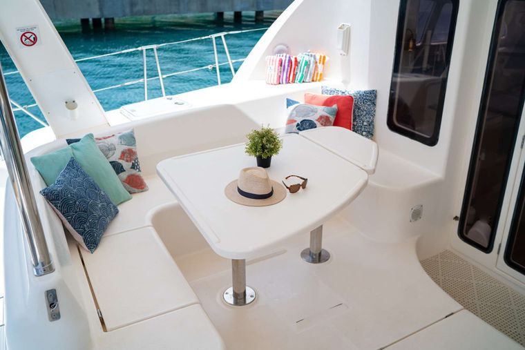 OUTBACK Yacht Charter - Cockpit