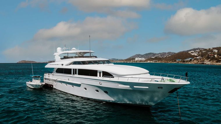 Outta Touch Yacht Charter - Ritzy Charters