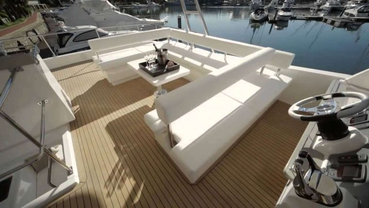 SOMEWHERE HOT Yacht Charter - Flybridge and helm