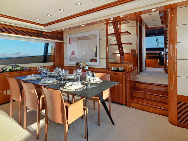 ELITE Yacht Charter - Dining