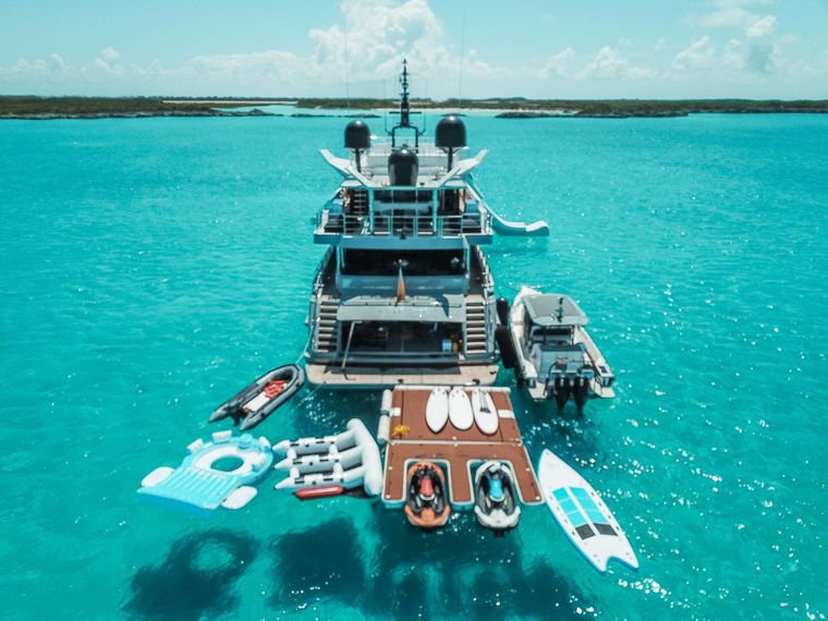 OCULUS Yacht Charter - Floating Dock and Toys
