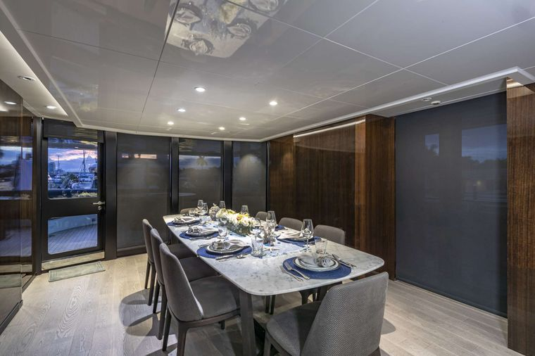 OCULUS Yacht Charter - Formal Dining