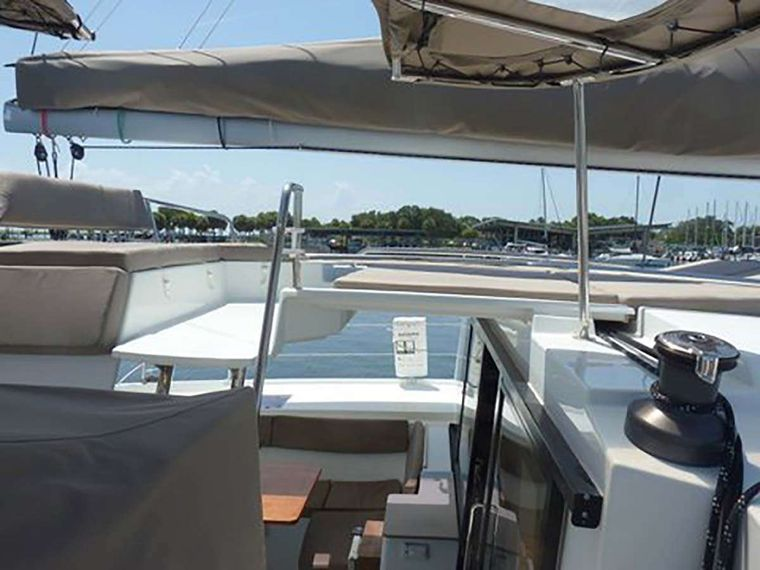 IREMIA Yacht Charter - Sky Lounge Seating and Lounging