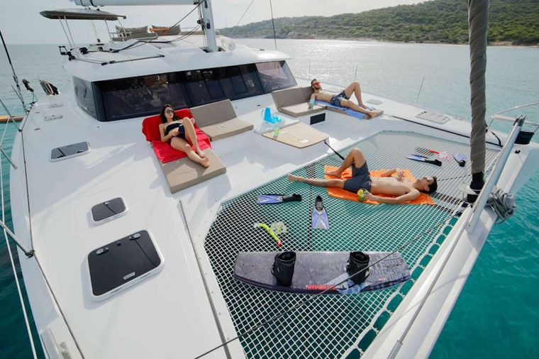 LIBRA 50 Yacht Charter - Foredeck Lounging