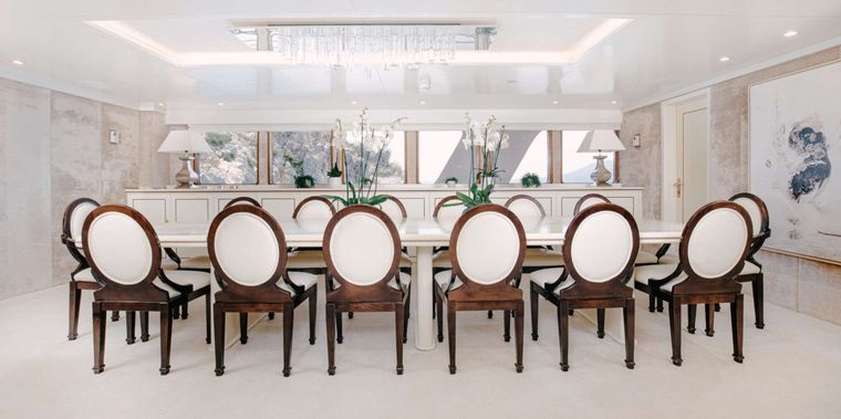 ITOTO Yacht Charter - Dining