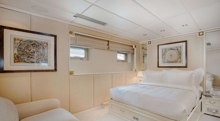 ITOTO Yacht Charter - Double Guest Cabin