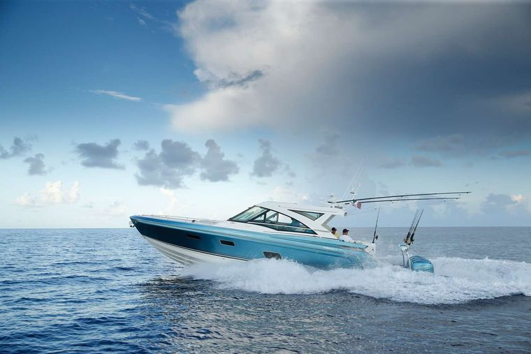 Life Is Good Yacht Charter - Ritzy Charters