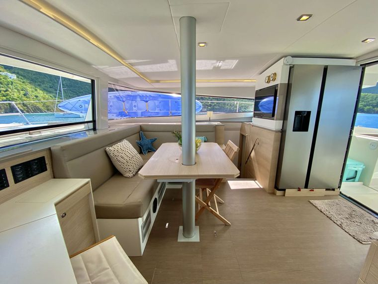 FREESTYLE Yacht Charter - Galley