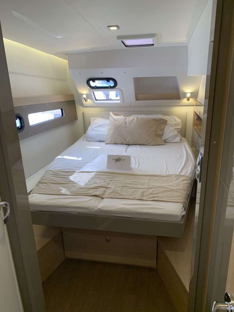 FREESTYLE Yacht Charter - Aft Cabins