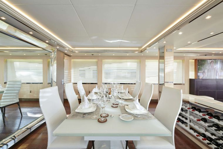 WHITE KNIGHT Yacht Charter - Dining 1