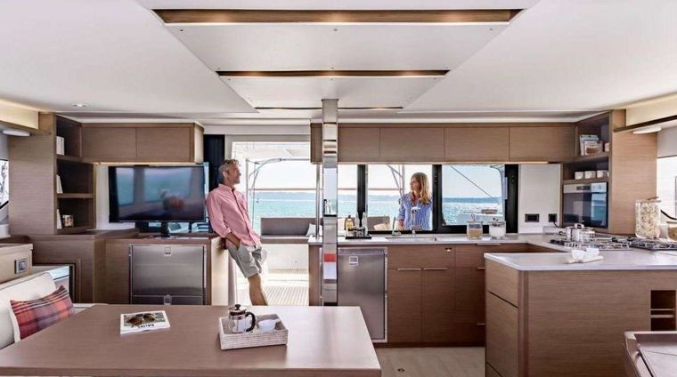 KING VIVI Yacht Charter - Interior space / saloon and kitchen