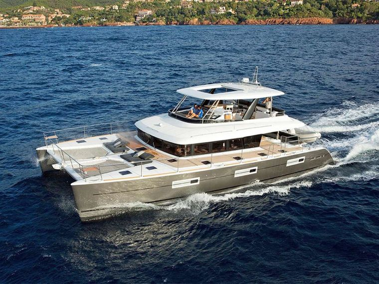 COLETTE Yacht Charter - Ritzy Charters