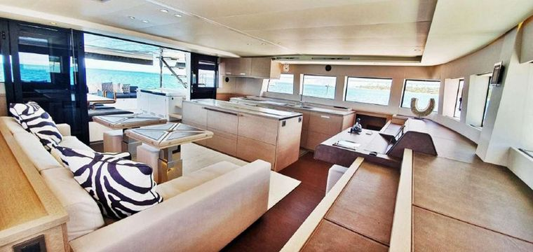 COLETTE Yacht Charter - Ambient galley bar