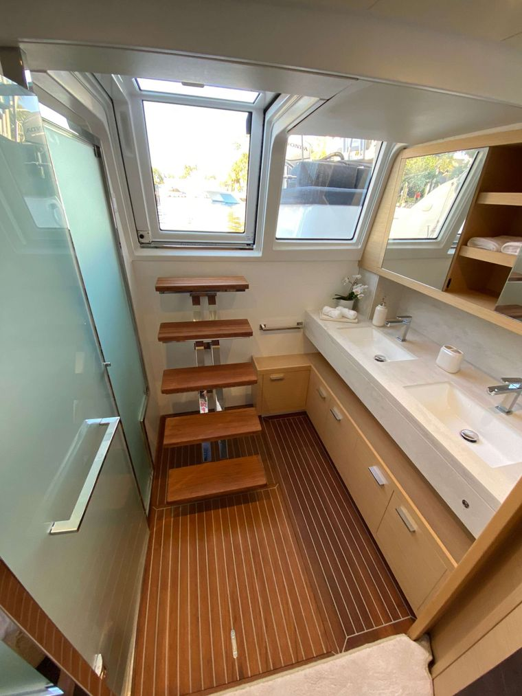 COLETTE Yacht Charter - Primary sink, shower, aft access