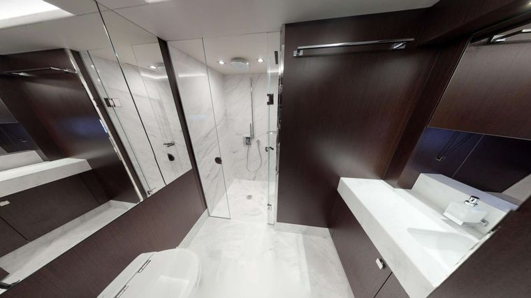 INSOMNIA Yacht Charter - Master Ensuite