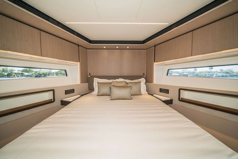 ALMOST DONE Yacht Charter - VIP Stateroom