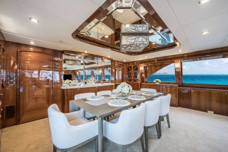 LIMITLESS Yacht Charter - Formal Dining