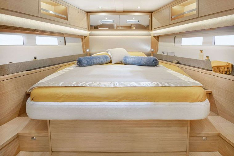 DIMPA Yacht Charter - FACTORY GUEST CABIN