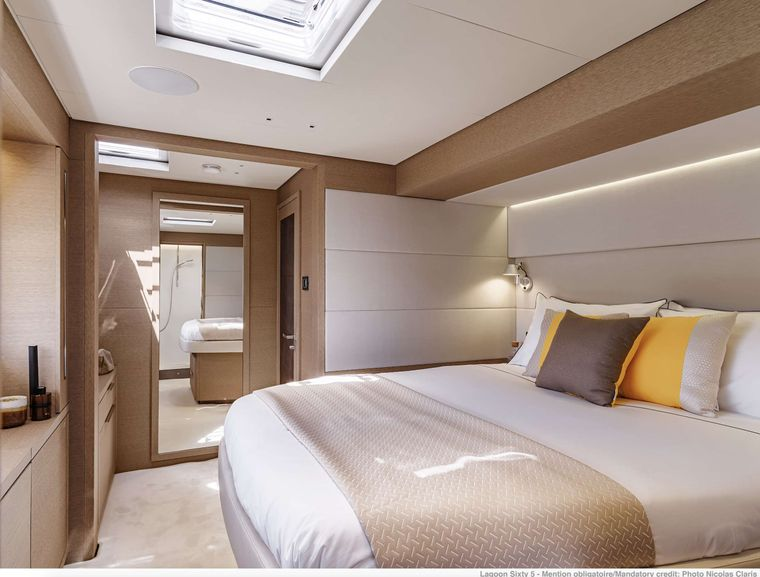AEOLUS Yacht Charter - Crew Cabin or Available for Children