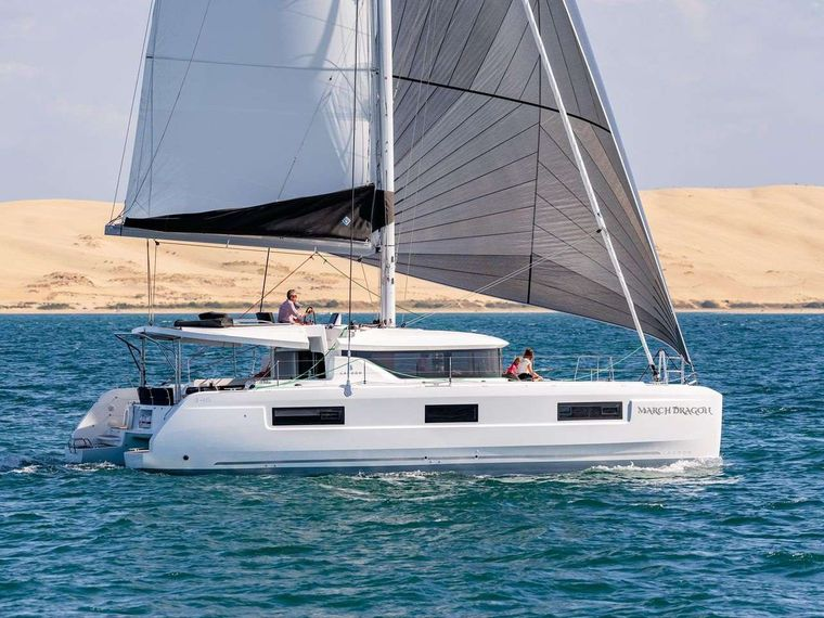 MARCH DRAGON Yacht Charter - Ritzy Charters