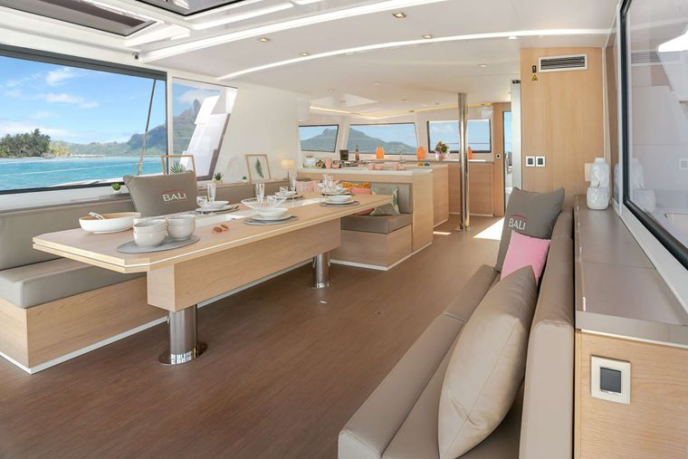 Synergy Yacht Charter - spacious living